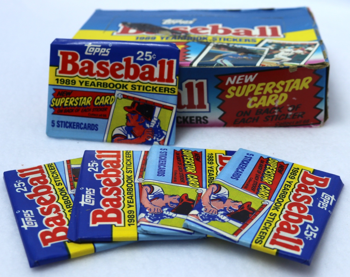 Topps 1989 Yearbook Sticker Baseball Cards Vintage 5 PACKS MLB wax pack from box