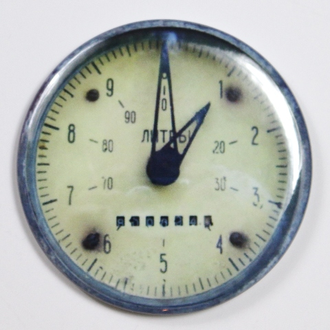 "Steampunk Gauge Meter Magnets FRIDGE MAGNET Vintage Style 2 1/4"" Rnd"