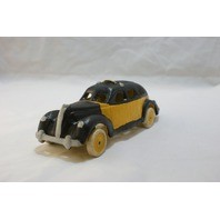 Cast Iron Yellow Taxi NYC New York City Cab Classic Car Vintage Styled Toy Decor