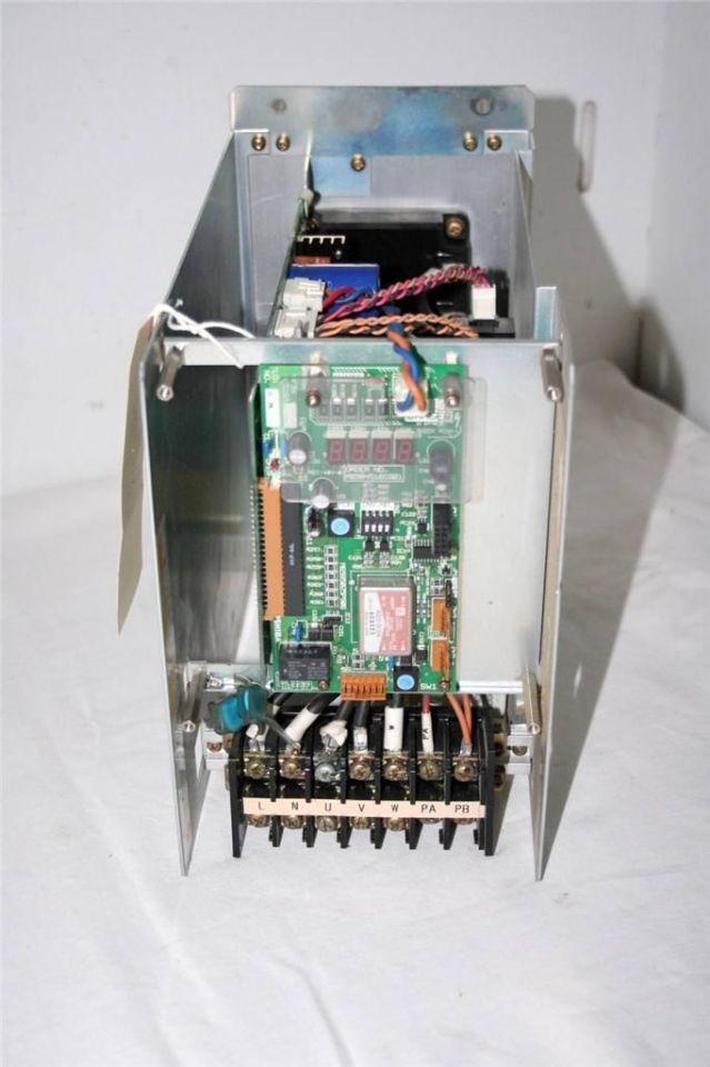 TOSHIBA TRANSISTOR INVERTER VFA3N-8110PY-A70B DC300V 30A 11kVA