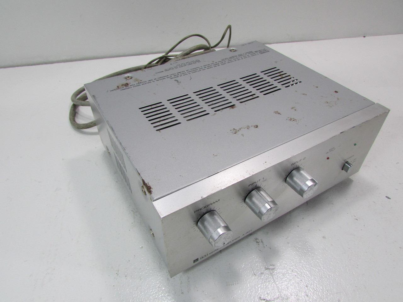 TOA ELECTRIC A-901 / 900 Series Amplifier A-901