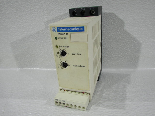TELEMECANIQUE  ATS01N109FT SOFT START 110-480VAC 9 AMP ATS01