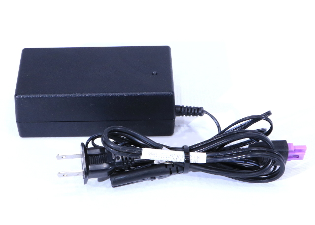 * OEM HP 0957-2230 AC POWER ADAPTER