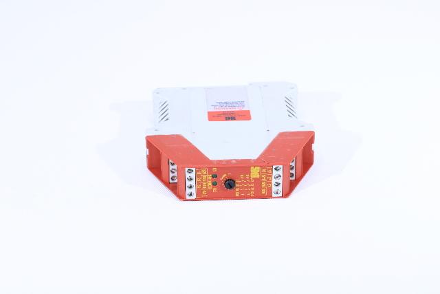 STI SR106ED02 44510-1062 SAFTEY RELAY