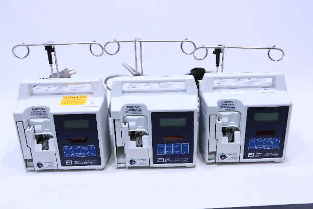 * LOT OF (3) HOSPIRA LIFECARE 5000 INFUSION PUMP