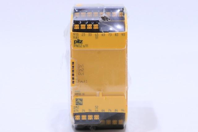 * NEW SEALED PILZ PNOZ S11 S11C 24VDC 8m/o 1n/c 751111 RELAY