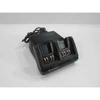 MOTOROLA DOULBE BATTERY CHARGER MODEL AA16742