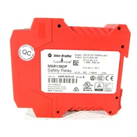 ALLEN BRADLEY MSR138DP 440R-M23143 GUARD MASTER SAFETY RELAY
