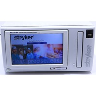 * STRYKER 240-050-988 SDC ULTRA HD INFORMATION MANAGEMENT SYSTEM