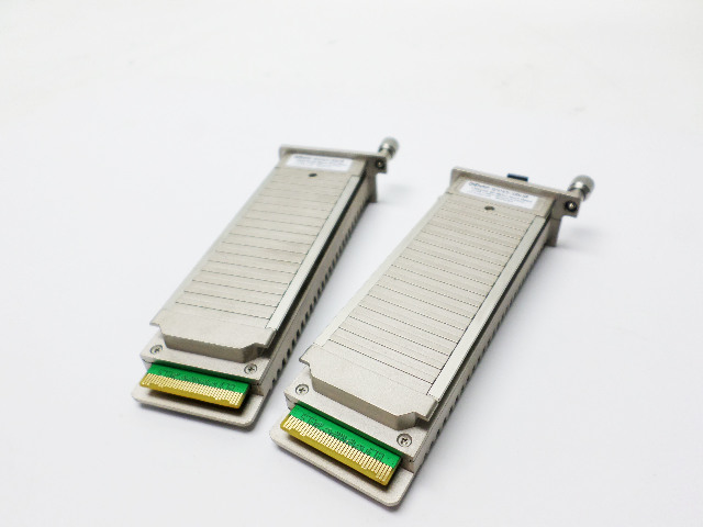 A Pair of FluxLight Xenpack-10GB-SR Transceiver Modules