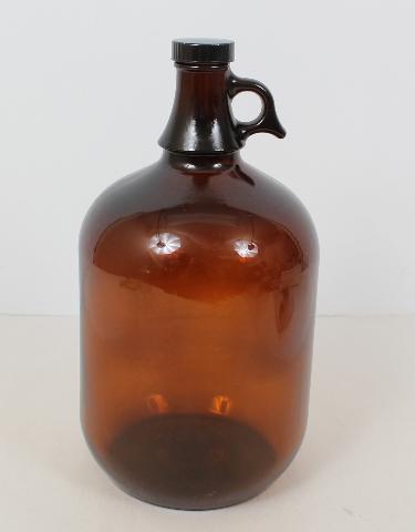 Qorpak Amber Jug. 1 Gallon (128fl oz) with PolySeal Cap 7765B
