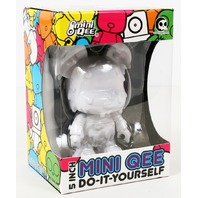 "Melting Bear Toy2R DIY 5"" Mini Qee -White Edition-"