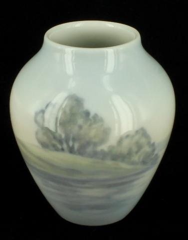 Vintage Bg Bing Grondahl Hand Painted Small Porcelain Vase