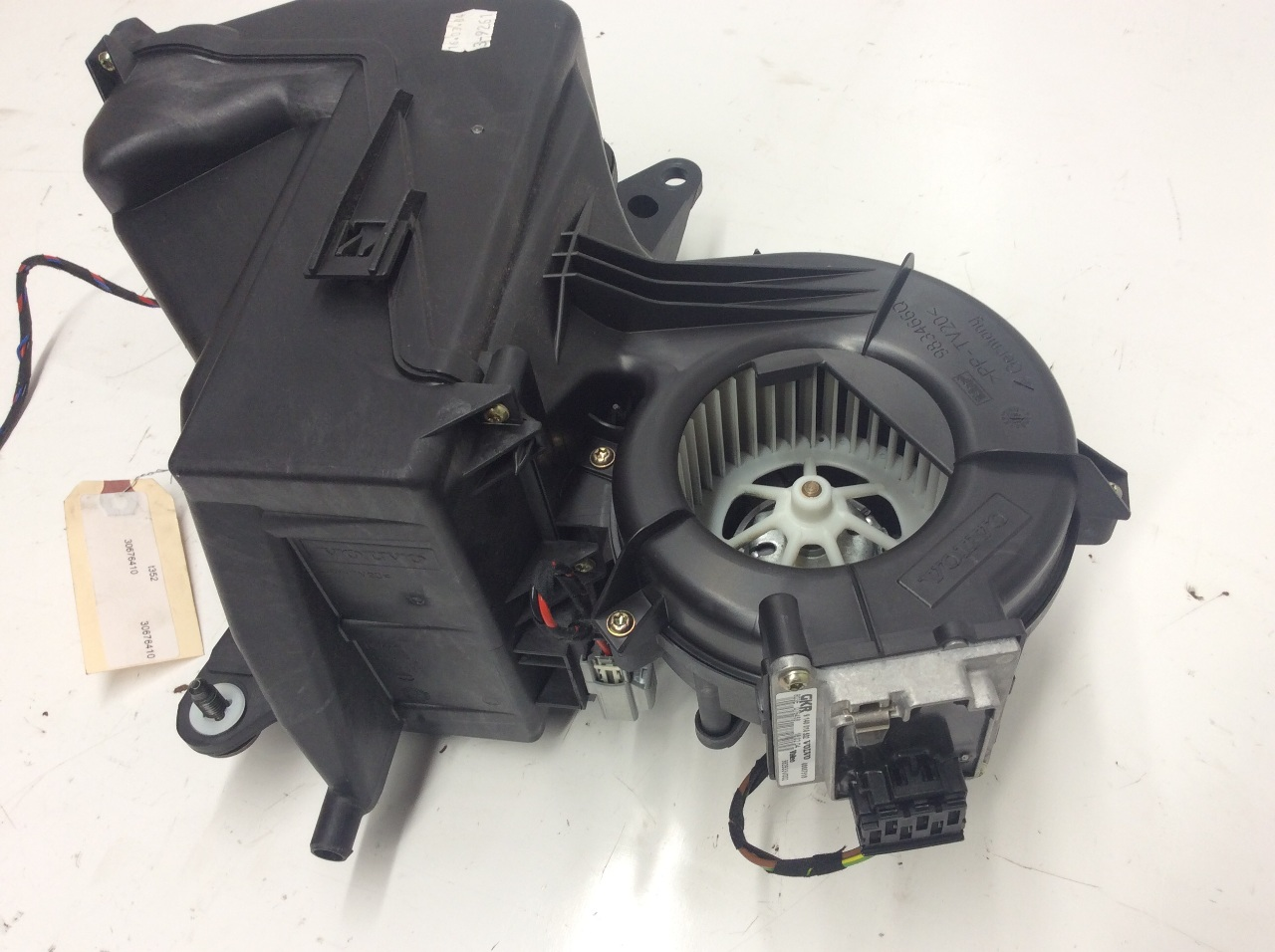 2003 2004 2005 2006 Volvo Xc90 Rear Heater Blower Motor And Housing Wiring Fan 30676410
