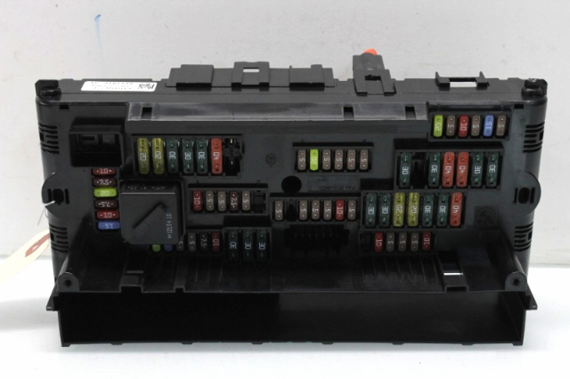 2013 BMW 640i Gran Coupe Sedan F06 Power Relay Fuse Box 61149252815 ...