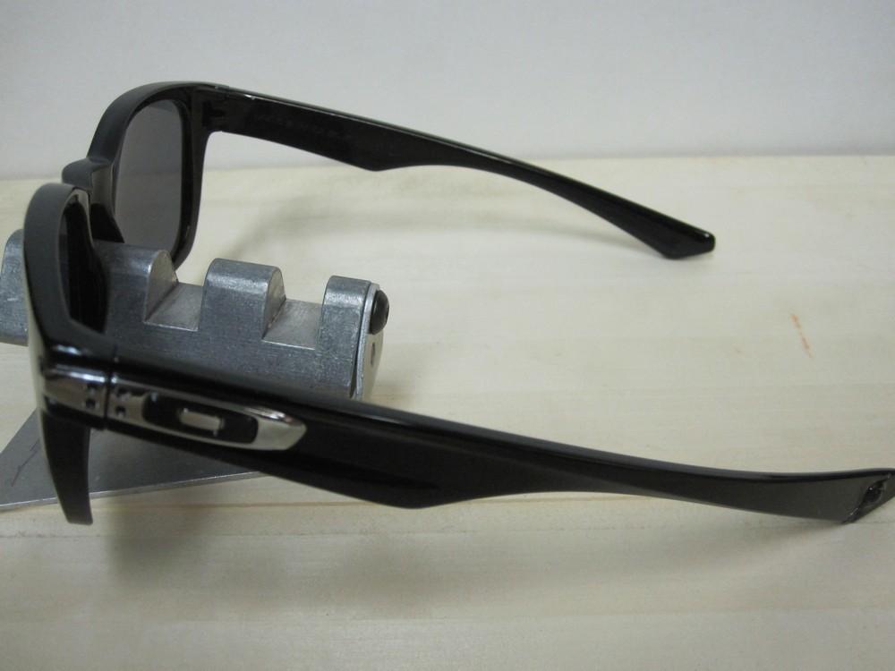 7e67de96f0 ... OAKLEY mens Garage Rock Sunglass Polished Black Grey OO9175-01 New In  Box ...