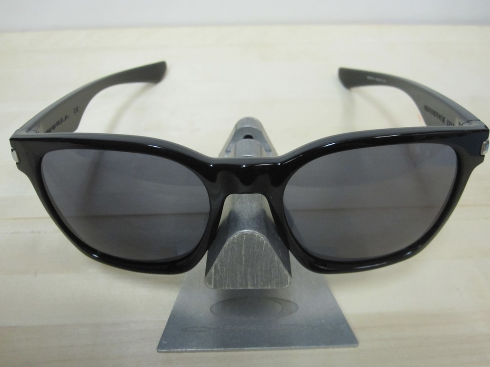 37a497c3cf OAKLEY mens Garage Rock Sunglass Polished Black Grey OO9175-01 New In Box  ...