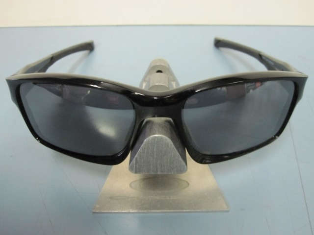 e85e110037 OAKLEY mens Chainlink sunglass Polished Black Black Iridium OO9247-01 NEW  in Box