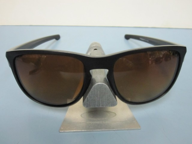 b89bc97681 OAKLEY mens SLIVER R sunglass Matte Black Brown Polarized OO9342-06 NEW in  Bag