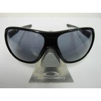 OAKLEY womens UNDERSPIN sunglass Polished Black/Grey OO9166-01 NEW in case