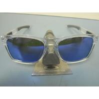 OAKLEY mens CATALYST Sunglass Clear/Violet Iridium OO9272-05 New In Box