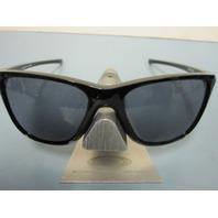 OAKLEY womens Reverie Sunglass Polished Black/Grey OO9362-0155 New In Baggy