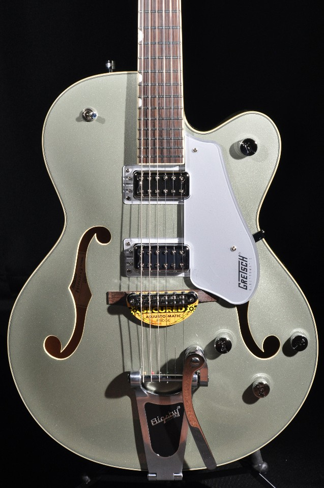 gretsch g5420t aspen green electromatic hollow body guitar streetsoundsnyc. Black Bedroom Furniture Sets. Home Design Ideas