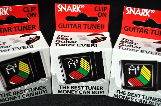 SNARK (3-PACK) S-3 MINI GUITAR AND BASS TUNER COP CAR BLACK AND WHITE