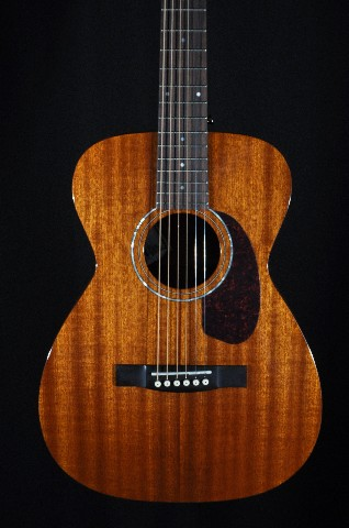 guild m 120e natural mahogany acoustic electric guitar w case streetsoundsnyc. Black Bedroom Furniture Sets. Home Design Ideas