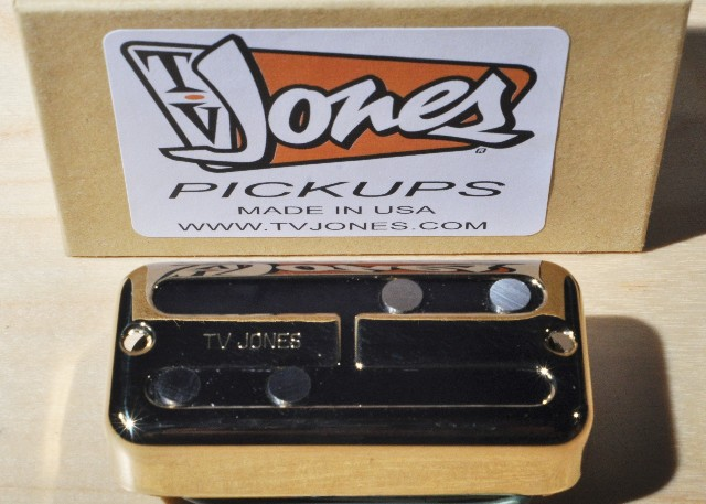 Tv JonesThunder'Mag Gold Neck Bass Pickup TMN-UVGLD