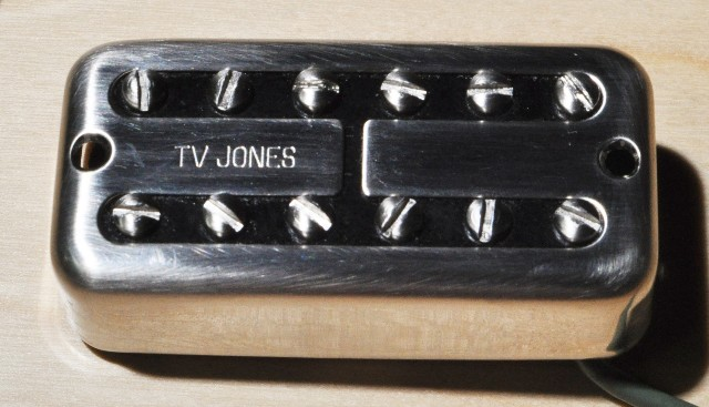 Tv Jones Classic Universal Mount Brushed Nickel Bridge Guitar Pickup (FTB-UVBRN)