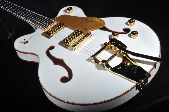 Gretsch G6636T Center Block White Falcon Guitar Players Edition Mint 2017