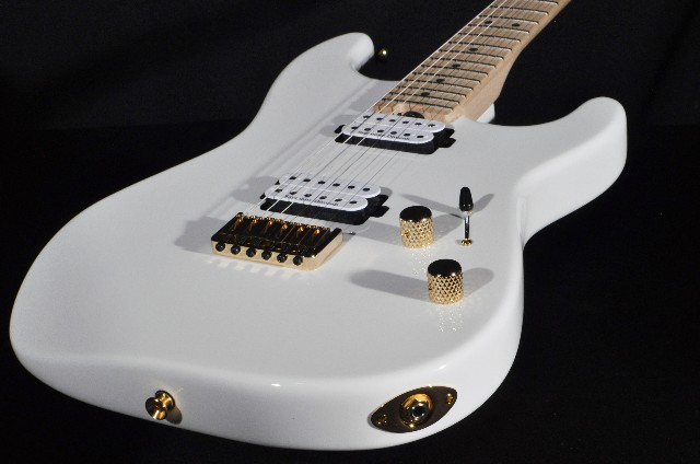 Charvel SD1 HH HT Hard Tail Pro Mod  San Dimas  Snow White Guitar