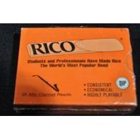RICO ALTO CLARINET REEDS STRENGTH #3.5 (25 PACK)