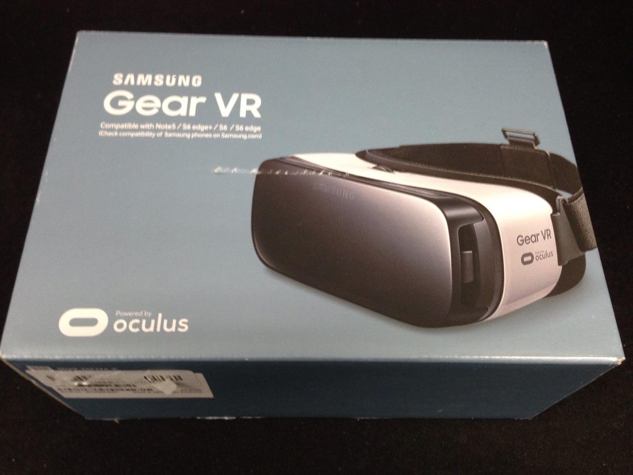 Samsung Gear VR - Virtual Reality Headset - Note 5 / S6 edge  / S6 / S6 edge
