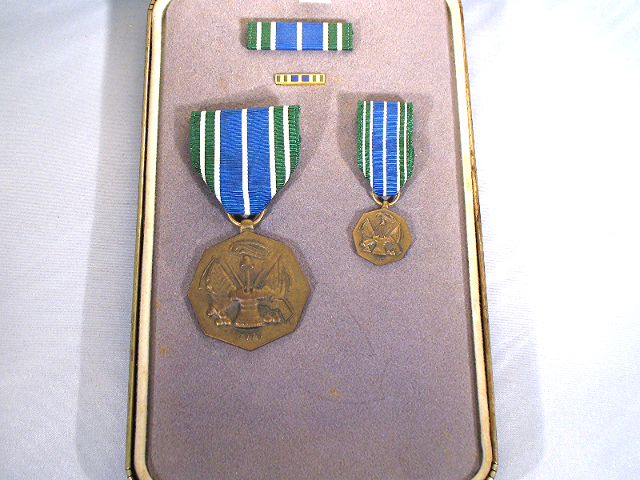 Army Acheivement (AAM) Presentation Set - Medal (Full & Mini) Ribbon & Lapel Pin