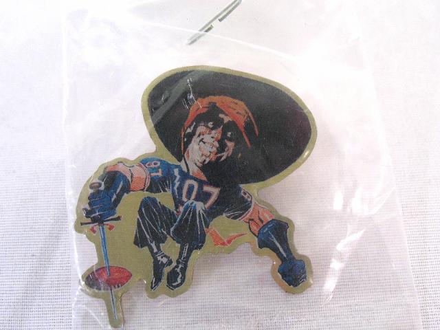 1994 Coke MONSTERS OF THE GRIDIRON Pin Chris Zorro Zorich