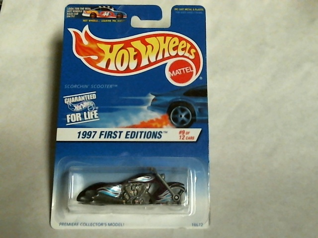 Hot Wheels 1997 First Editions Scorchin Scooter 9/12 Collector #519 Mattel