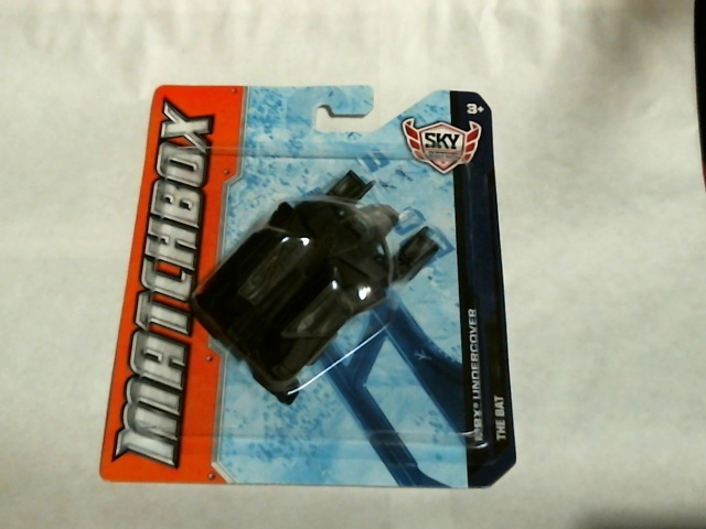Matchbox 2012 MBX Undercover Batman The Bat Dark Knight Rises  Sky Busters W5323