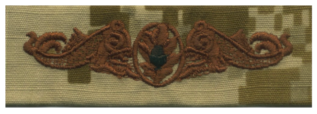Vanguard NAVY EMBROIDERED BADGE: SUBMARINE MEDICAL - DESERT DIGITAL