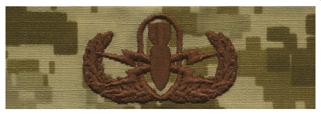 Vanguard NAVY EMBROIDERED BADGE: BASIC E.O.D. - DESERT DIGITAL