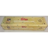 2001 Topps Baseball Gold Box Set