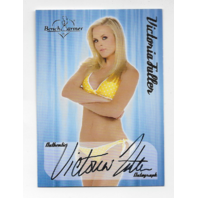 Victoria Fuller 2005 Benchwarmer auto /20 arms folded  Autograph