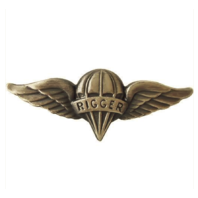 Vanguard ARMY BADGE: PARACHUTE RIGGER - OXIDIZED FINISH