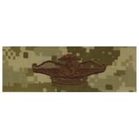 Vanguard NAVY EMBROIDERED BADGE: FLEET MARINE FORCE CHAPLAIN - DESERT DIGITAL