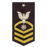 Vanguard NAVY E8 MALE RATING BADGE: QUARTERMASTER - VANCHIEF ON BLUE