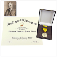 Vanguard MEDAL SET THEODORE ROOSEVELT WITH MCJROTC CERTIFICATE