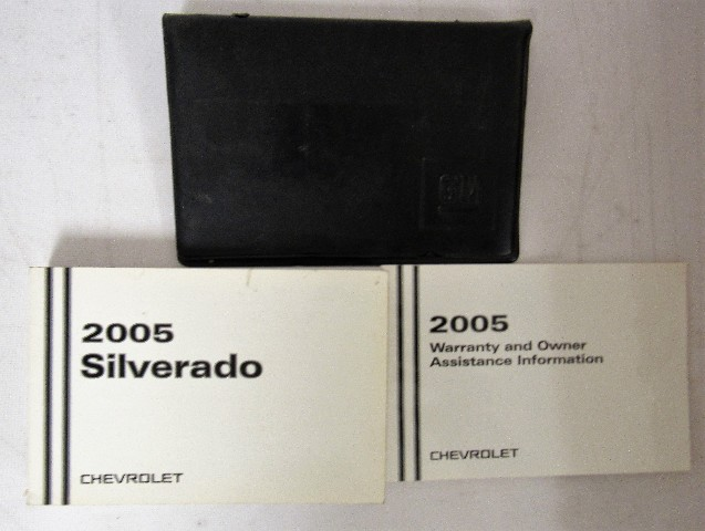 2005 chevy chevrolet silverado owners manual guide book ebay rh ebay com 2005 chevy silverado owners manual 2004 chevrolet silverado owner manual