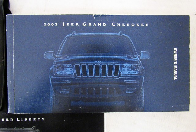 2002 jeep grand cherokee owners manual book ebay rh ebay com 2002 jeep grand cherokee user manual image 2002 jeep grand cherokee owners manual uk