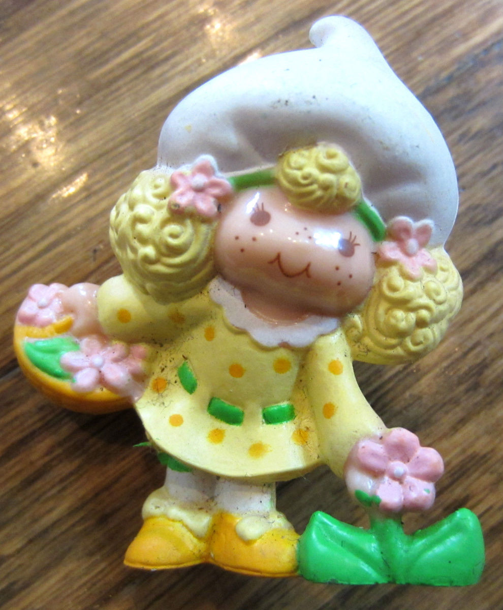 Lemon Meringue Figurine with a Bouquet of by
